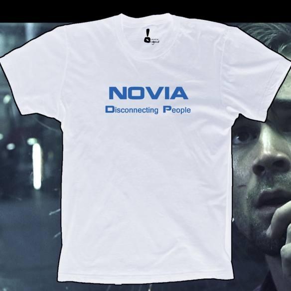 Camiseta Novia. Disconnecting people.