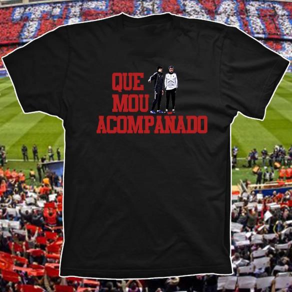 Camiseta Más vale Cholo que Mou acompañado